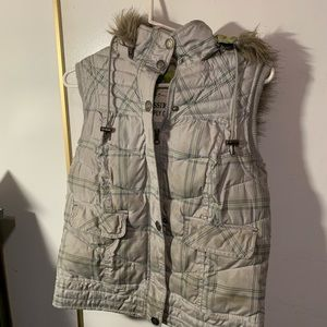 Mossimo puffy vest